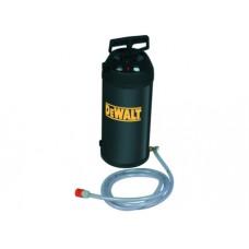 D215824 Водяной нагнетательный насос, 10 л DeWALT